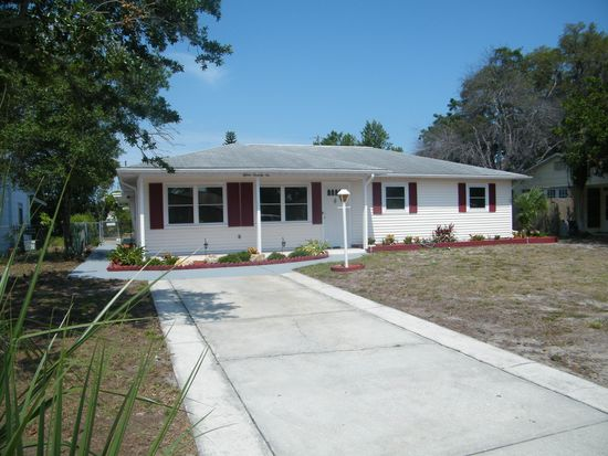 1576 Young Ave, Clearwater, FL 33756
