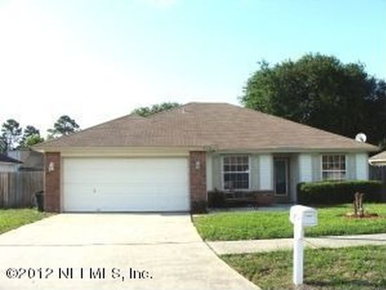 8493 Blazing Star Ct, Jacksonville, FL 32210