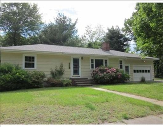 52 Enmore St, Andover, MA 01810