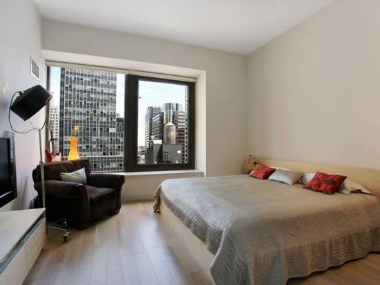 75 Wall St APT 32M, New York, NY 10005