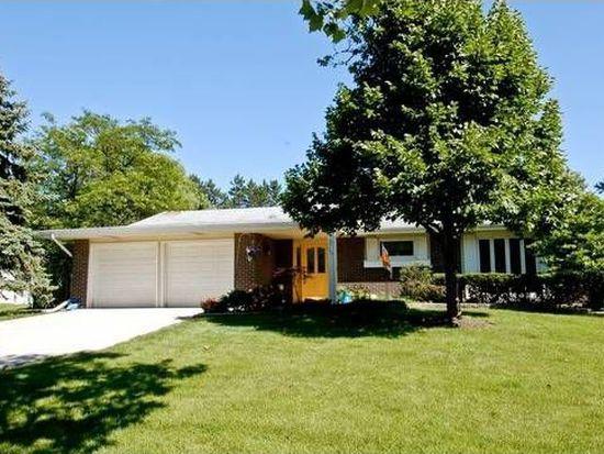 20W573 Glen Pl, Lombard, IL 60148