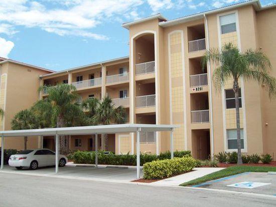 8261 Pathfinder Loop APT 719, Fort Myers, FL 33919