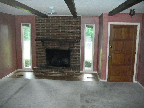 491 White Oak Estates Cir, Thomson, GA 30824