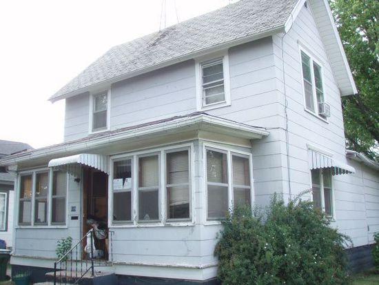 819 E Main St, Reedsburg, WI 53959
