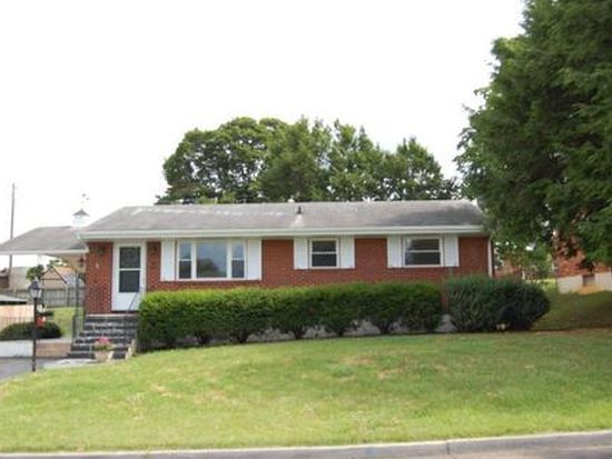 3341 Maplelawn Ave NW, Roanoke, VA 24012