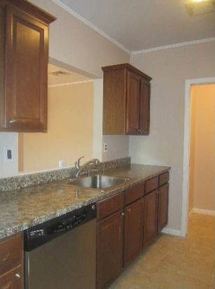 200 Paterson Ave APT 1F, East Rutherford, NJ 07073