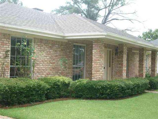 2920 Bryan Ave, Groves, TX 77619