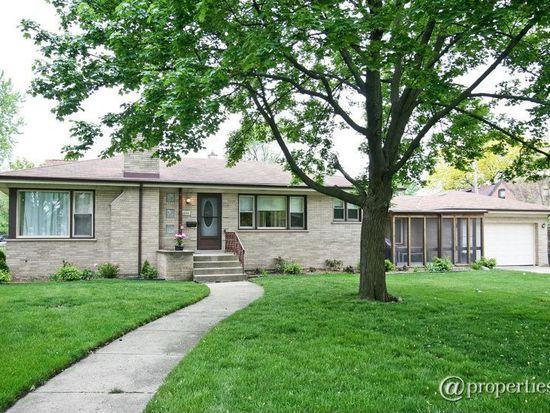 10938 S Tripp Ave, Oak Lawn, IL 60453