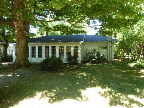 316 Lake St, Buchanan, MI 49107