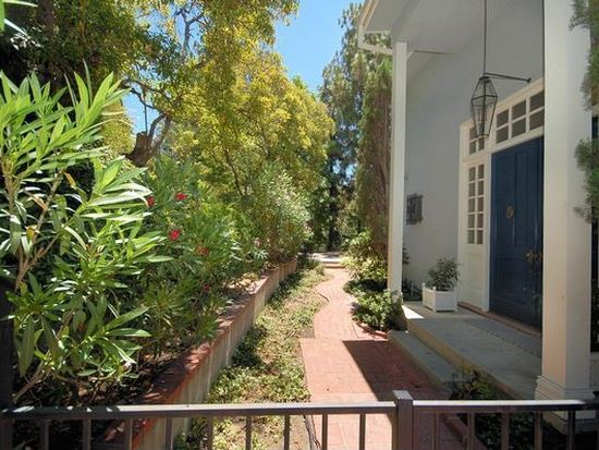 5759 Valley Oak Dr, Los Angeles, CA 90068