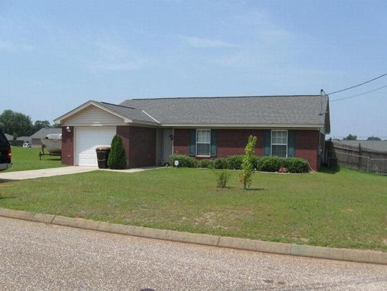 95 Cotton Dr, Midland City, AL 36350