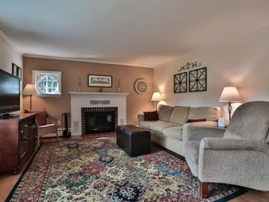 73 Linden Ave, North Andover, MA 01845