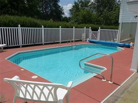31-33 Hillview Dr, Norwich, NY 13815