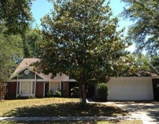 801 White River Dr, Orlando, FL 32828