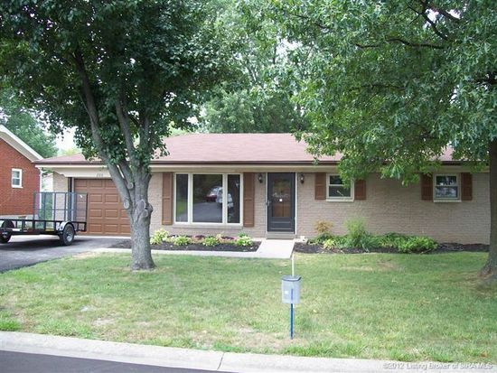 208 Redwood Dr, New Albany, IN 47150