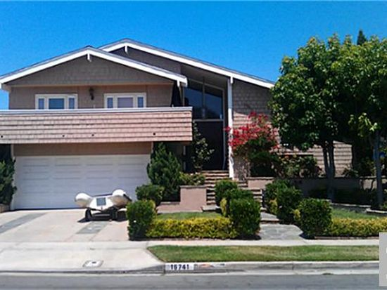 16741 Sea Witch Ln, Huntington Beach, CA 92649