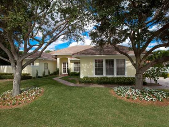 2760 Tecumseh Dr, West Palm Beach, FL 33409