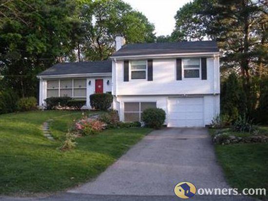 86 Shenandoah Rd, Warwick, RI 02886