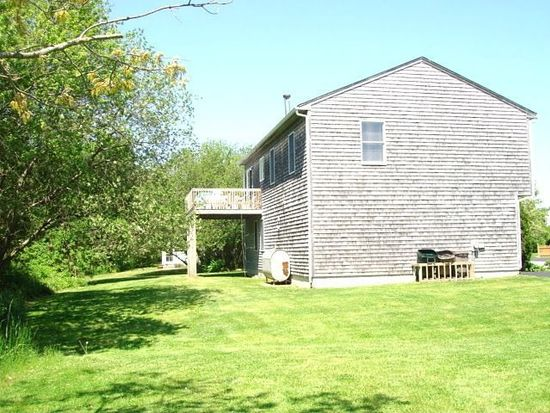 28 Greene Ln, Narragansett, RI 02882