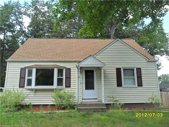 4 Clear St, Enfield, CT 06082