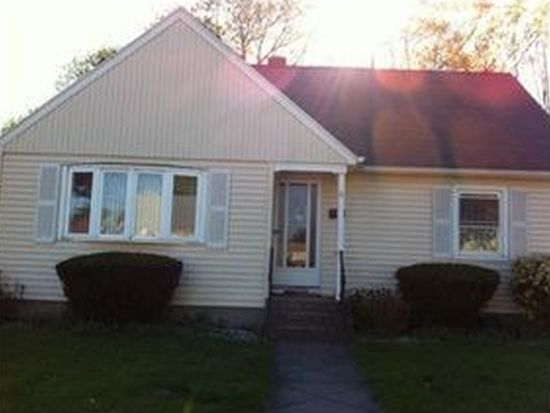 6 Ray St, Johnston, RI 02919
