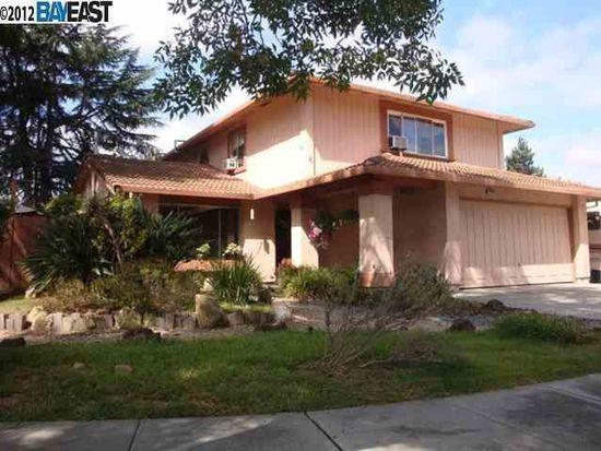 38985 Godfrey Pl, Fremont, CA 94536