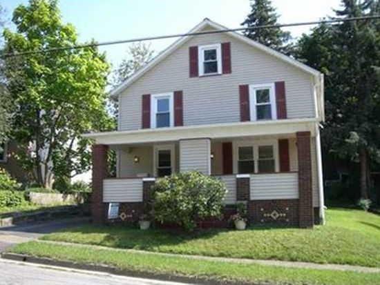 2 Ridge Ave, Greenville, PA 16125