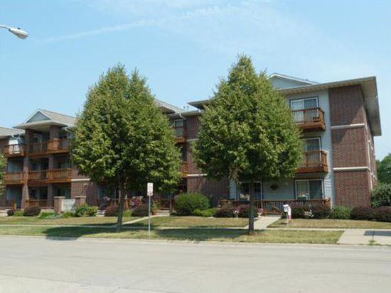 522 Westside Dr, Iowa City, IA 52246