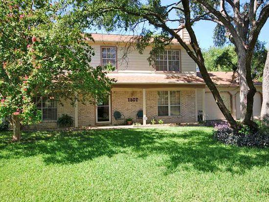 1507 Wildwood Dr, Round Rock, TX 78681