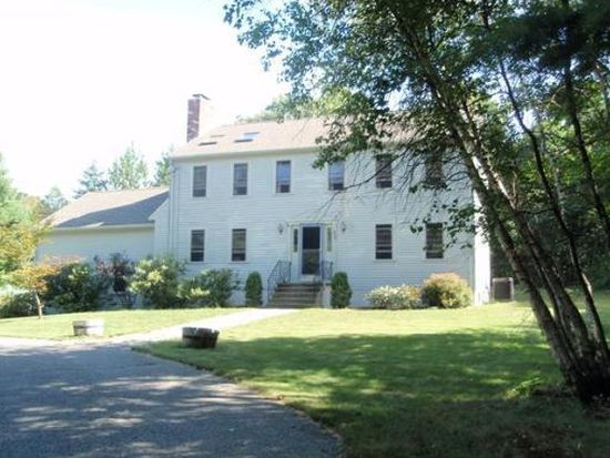 207 North St, Upton, MA 01568