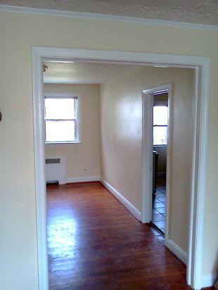 702 Benninghaus Rd, Baltimore, MD 21212