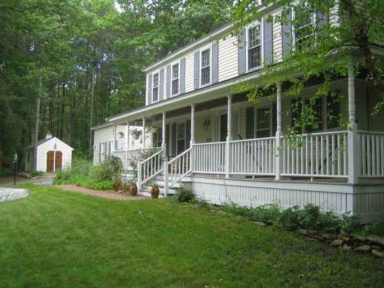66 Londonderry Rd, Windham, NH 03087