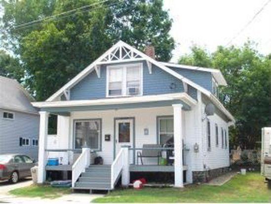 17 Cottage St, Claremont, NH 03743
