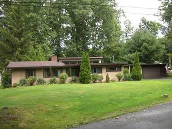 24 Evergreen Dr, Greenville, PA 16125