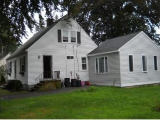 4 Fairview Dr, Portsmouth, NH 03801