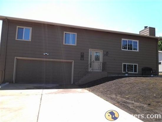 5705 W 26th St, Sioux Falls, SD 57106