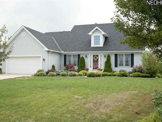 1406 Troon Ave, Brunswick, OH 44212