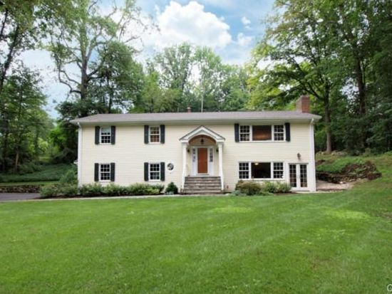 48 Rural Dr, New Canaan, CT 06840