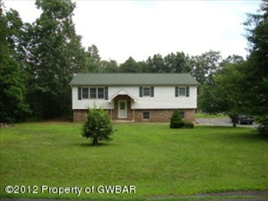 72 Dogwood Rd, Drums, PA 18222