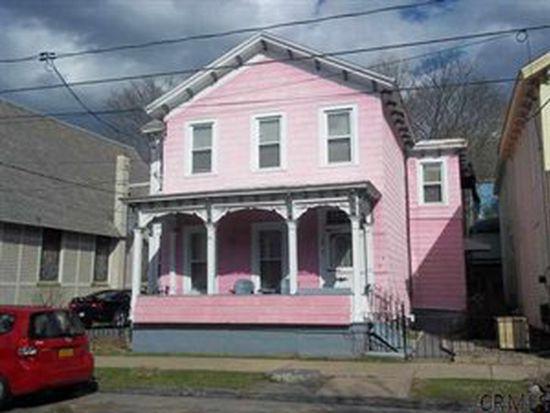 60 Henry St, Saratoga Springs, NY 12866