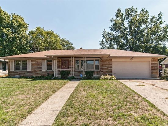 5837 Buick Dr, Speedway, IN 46224