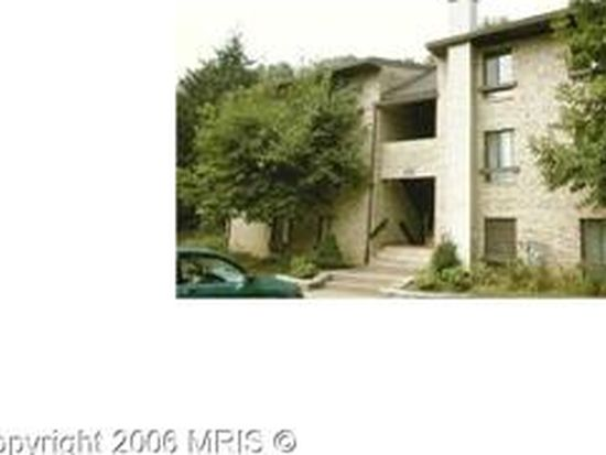 2236 Castle Rock Sq APT 1B, Reston, VA 20191