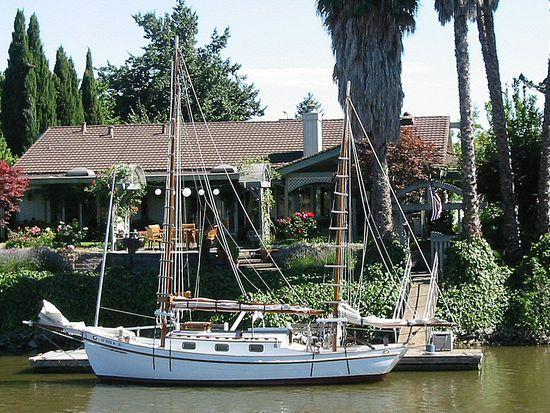 1118 Riverpark Blvd, Napa, CA 94559