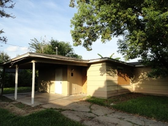 5107 Willow Glen Dr, Houston, TX 77033