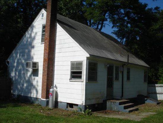 3 Essex Rd, Poughkeepsie, NY 12601