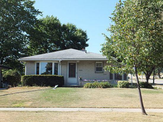 1559 W Wanda Ave, Milwaukee, WI 53221