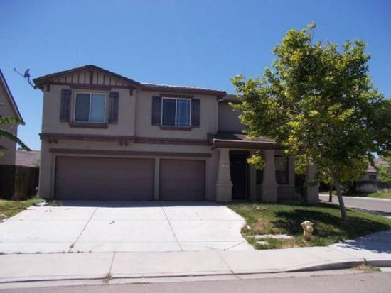 145 Heartland Ranch Ave, Patterson, CA 95363