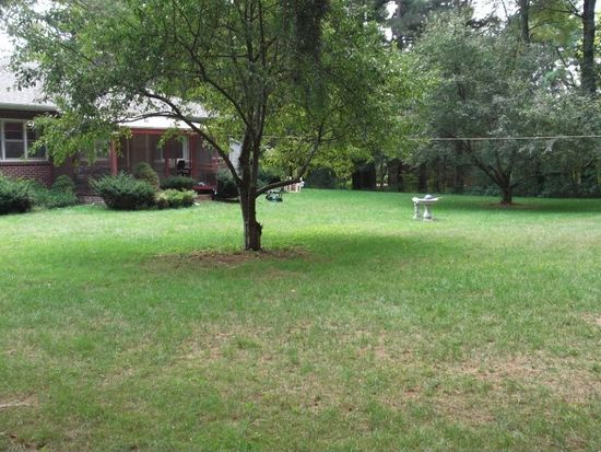 82 Fort Hill Ave, Pittsfield, MA 01201