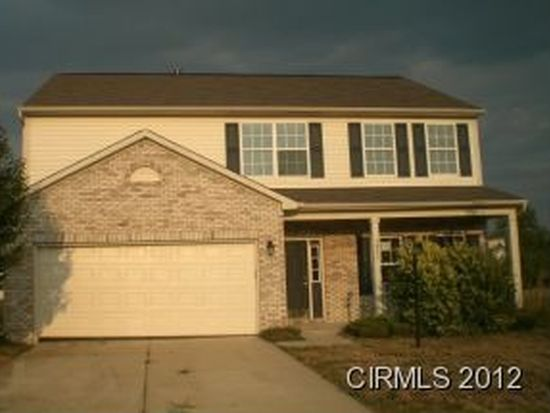 1853 Brook Crossing Ct, Indianapolis, IN 46229