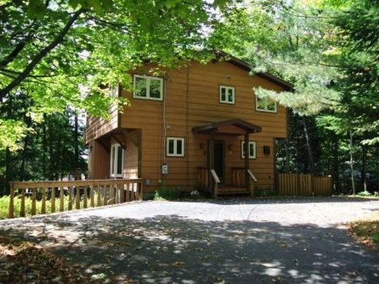 128 Grove Trl, Old Forge, NY 13420